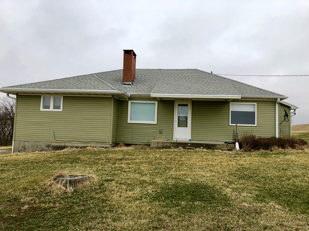 Country Living on 1.2 Acres in Rock Port  $102,000